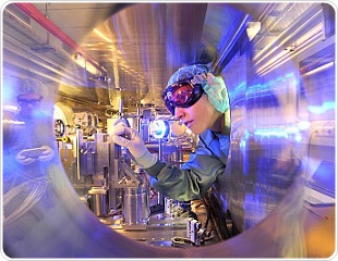 DESY Researchers Couple X-Ray Source with Powerful Laser